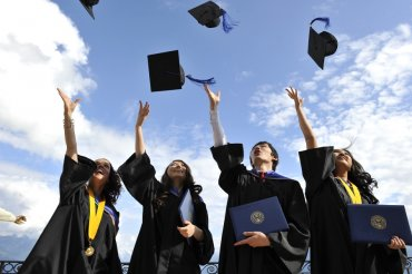 Диплом бакалавра это уверенность в завтрашнем дне net В современное время при устройстве на работу большое значение имеет наличие диплома о высшем образовании Ведь потенциальный работодатель обращает внимание