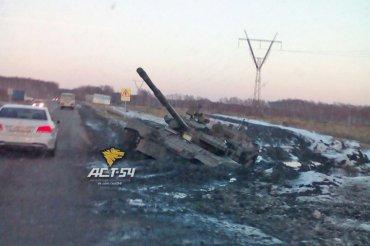 Три пожарных танка приступили к тушению огня на складах в Сватово. После локализации к эпицентру допустят саперов, - штаб АТО - Цензор.НЕТ 8636