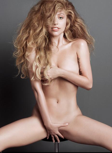 Lady Gaga снялась голой для журнала V Magazine