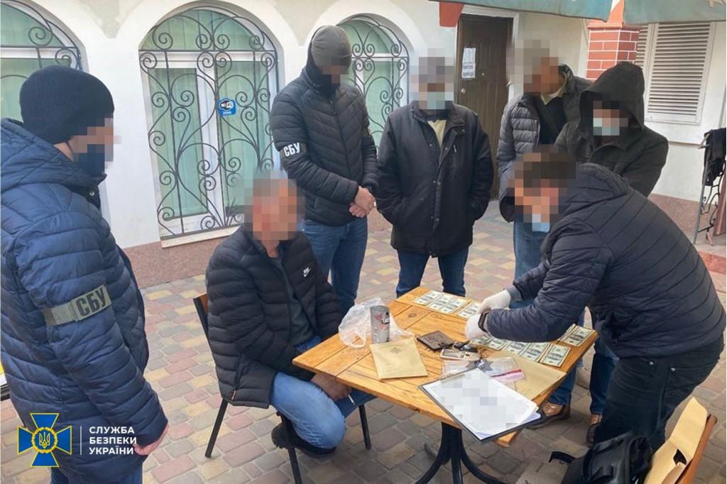 Преступники продавали фальшивки за 50% стоимости номинала